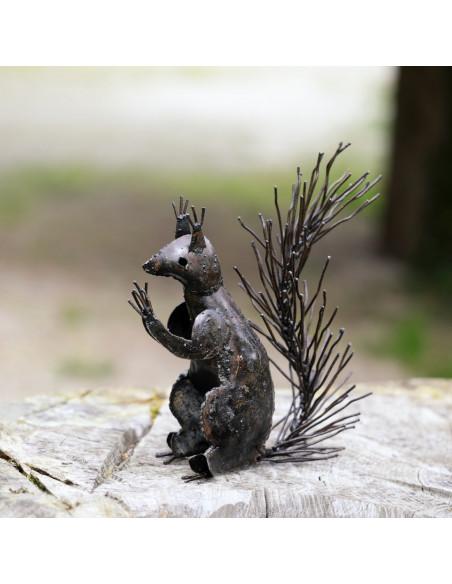 Écureuil assis en métalbrut- Décoration-Animaux sur pattes
