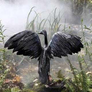 Grand Cormoran, très belle sculpture réalisée en métal recyclé. Pièce unique disponible dans notre galerie d Arc-et-Senans #metalrecycle #lesoizeaux #lesoizeauxdepassage #artaujardin #cormoran #oiseau #fairtrade #arcetsenans #decojardin